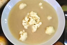 White cauliflower soup with a twist