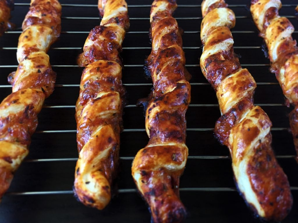 Pizza twists - an ideal party snack