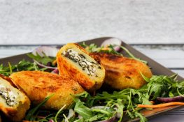 Potato croquettes stuffed with spinach