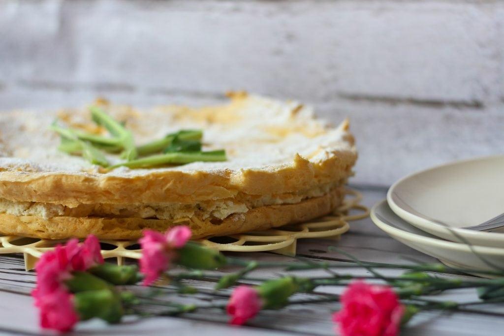 Eclair cake with rhubarb