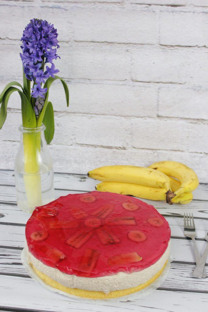 Banana cake with jelly