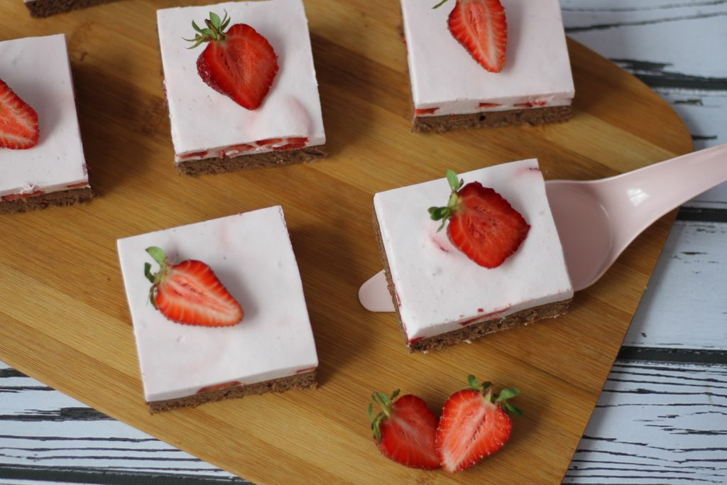 Chocolate cake with strawberry foam