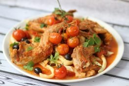 Basque-style rabbit with olives
