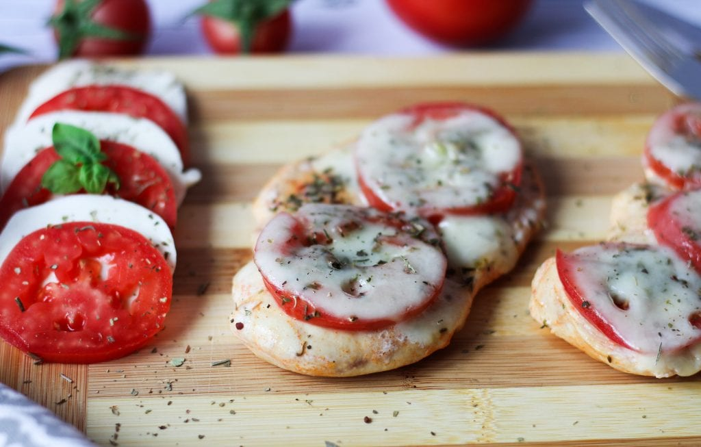 Chicken breast baked with mozzarella and tomato