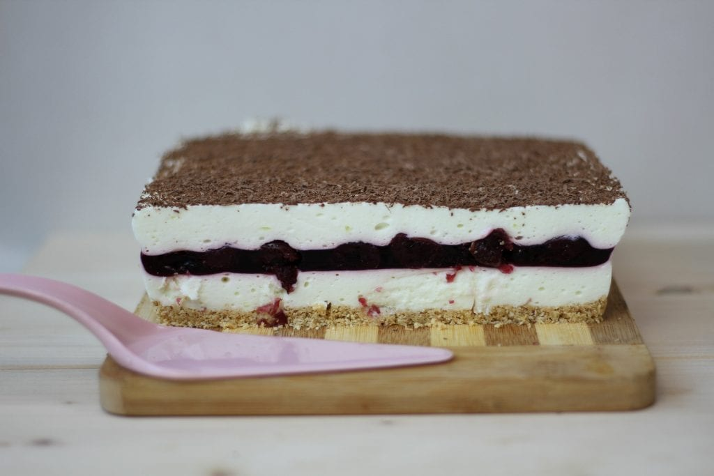No-bake fruity cloud cake with cherries