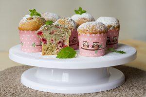 muffiny z malinami i czereśniami