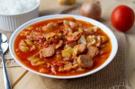 Letcho with peppers and tomatoes