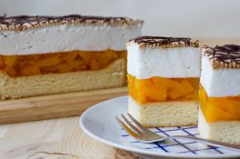 Peach jelly and whipped cream cake