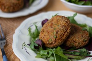 Buckwheat and peas cakes
