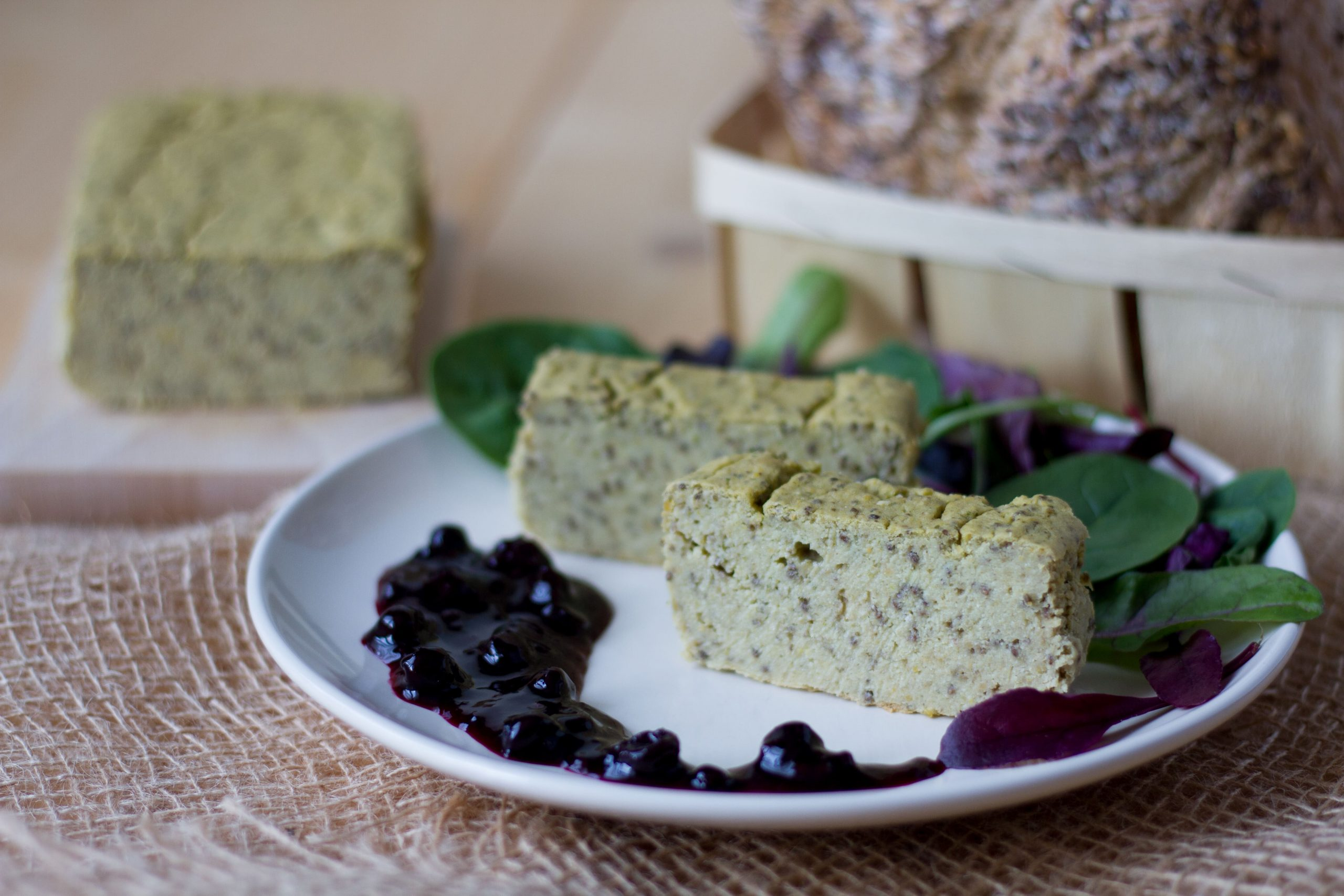 Butter bean pate with cashew nuts