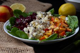 Beetroot and nectarines salad with spinach
