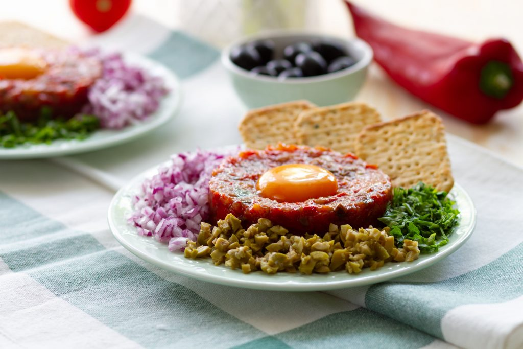 Tartare made from tomatoes and peppers