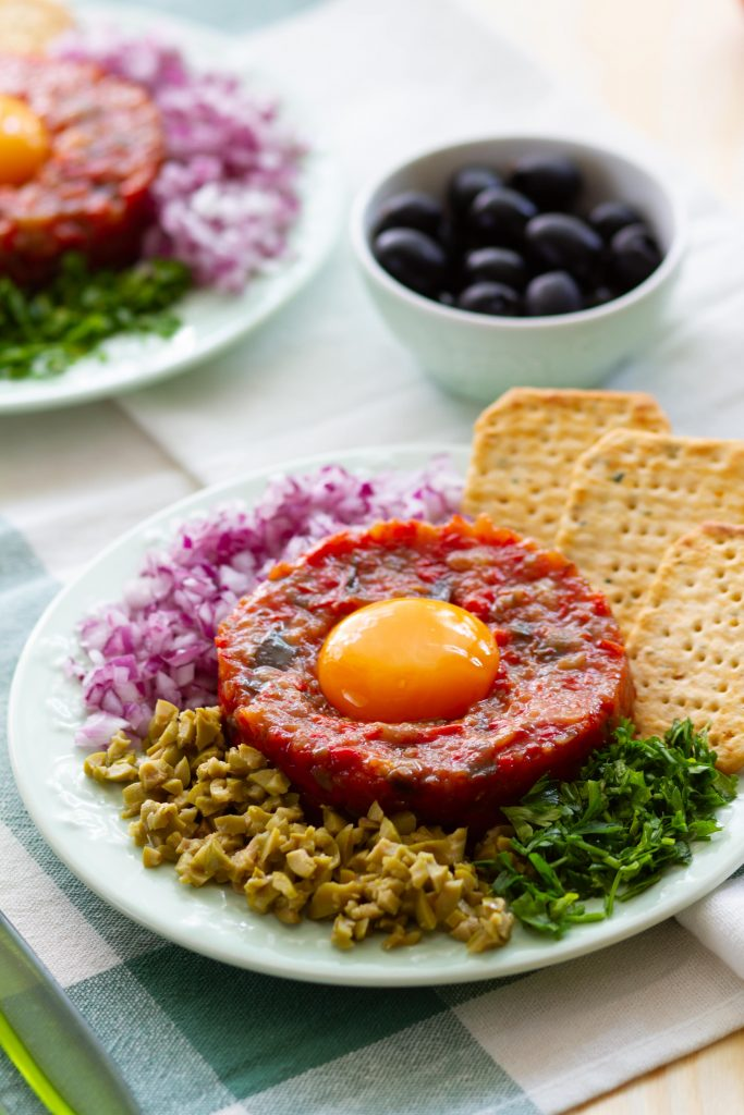Tartare made from eggplant and tomatoes