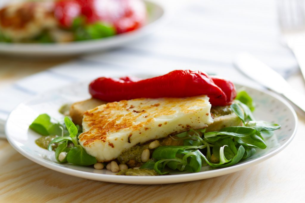 Grilled halloumi with pesto